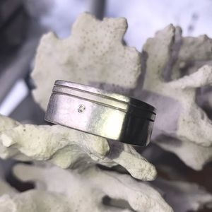 Jewelry - Heavy sterling square ring with tiny diamond